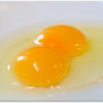 双子の卵はどうやってできている?