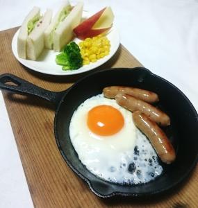 話題のスキレットを使って、見た目もおしゃれな卵料理を作ってみませんか?
