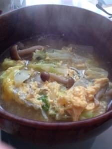 栄養満点!今が旬の白菜とたまごのスープをご紹介!