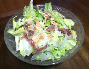 食べだしたら止まらない?!春キャベツと新玉ねぎを使った春サラダをつくろう!