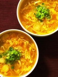 もぐもぐ食べよう!まるでおかずのたまごキムチスープ