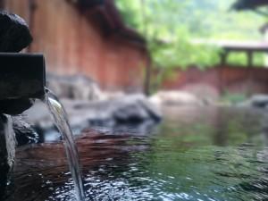 今日は露店風呂の日!小野川温泉に行ってみませんか?