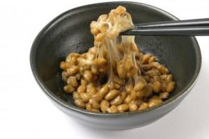今日は納豆の日!混ぜて乗せて焼くだけ!朝食にぴったりな簡単納豆レシピ