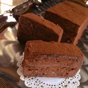 今日はオペラの日!オペラにちなんでオペラ風チョコケーキレシピをご紹介!