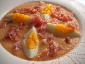 夏の冷たいスープ、サルモレホ