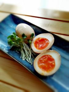 お酒のおつまみ、味噌漬け卵!
